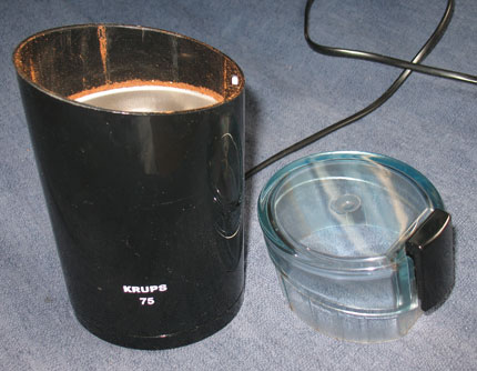 Coffee grinder with lid removed
